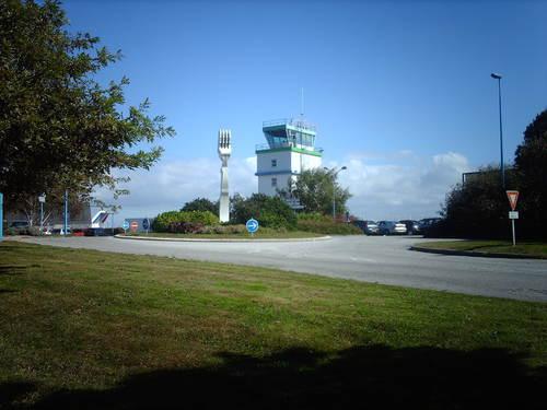 Téléphone   CLINIQUE VETERINAIRE DE L'AEROPORT PLUGUFFAN 29700