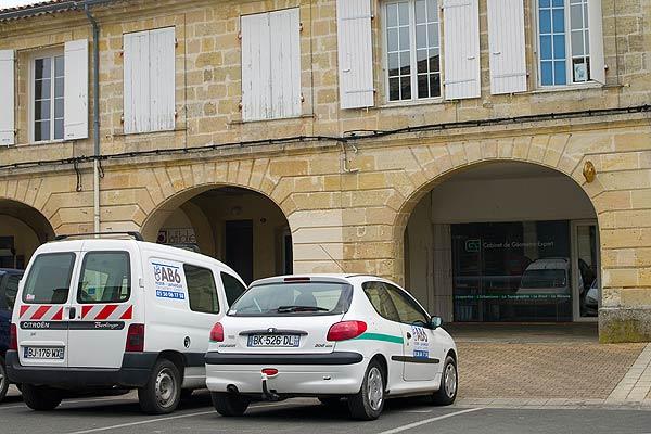 Téléphone   CABINET VETERINAIRE DR DUBERNAT SAINT-LOUBÈS 33450